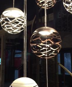 Luminaire-originale-boule-zoom