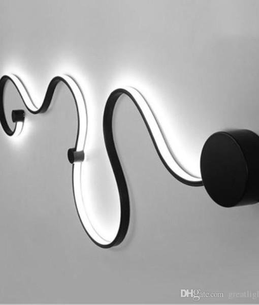creative-acrylic-curve-light-snake-led-lamp